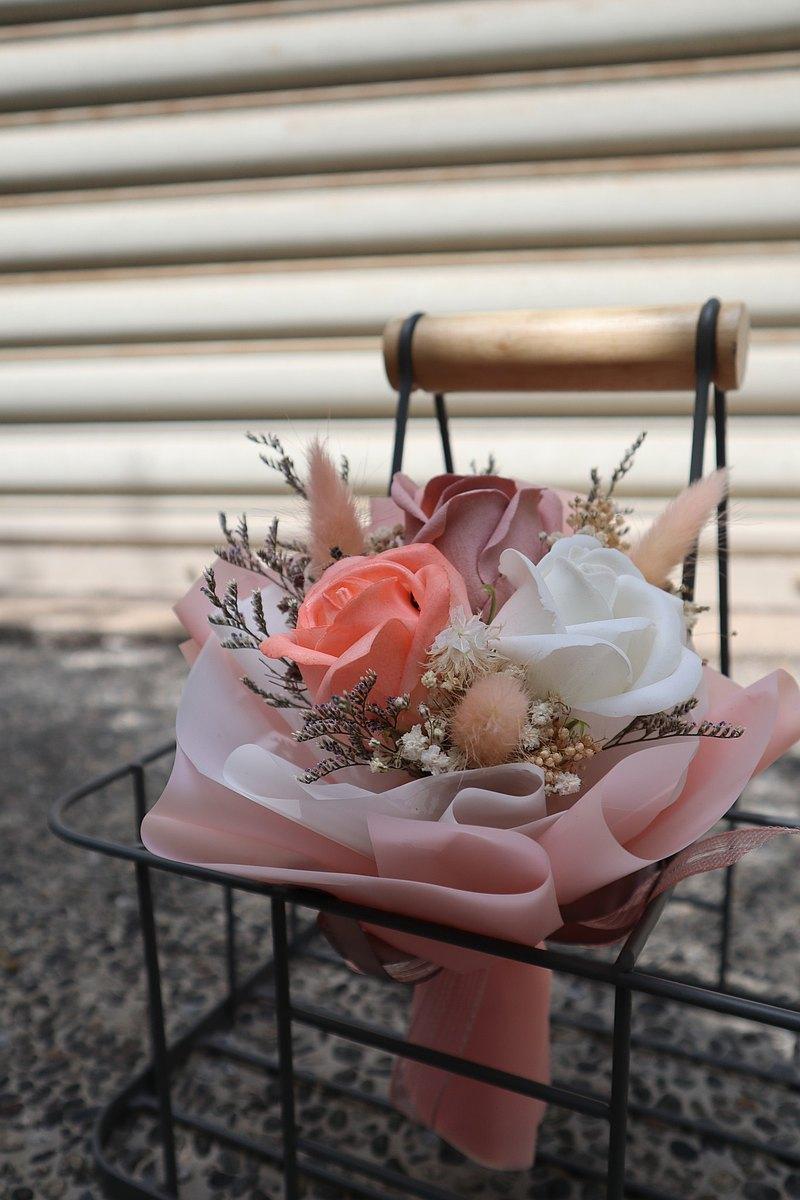 香皂花束 | 香皂乾燥花束 香皂花 乾燥花 花束 花禮 粉嫩色系