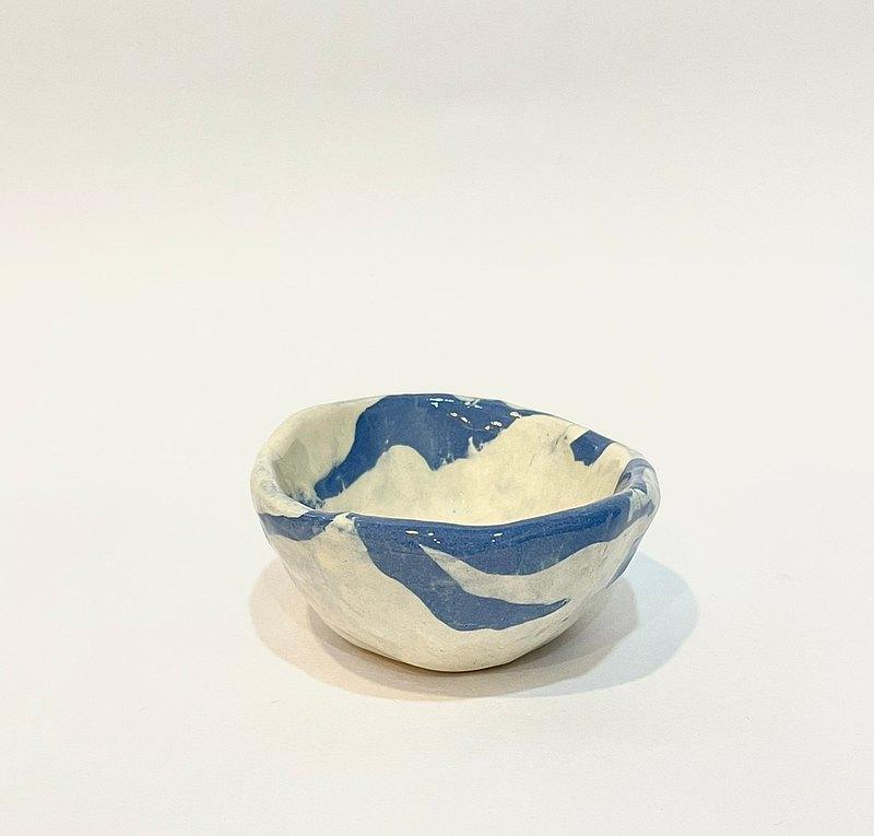【物喜工作室】手捏絞胎藍小碗