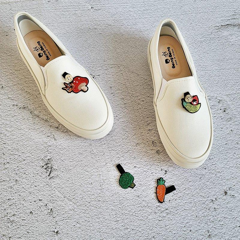 扣扣蔬菜厚底懶人鞋 白色- 大人 小紅帽與大野狼