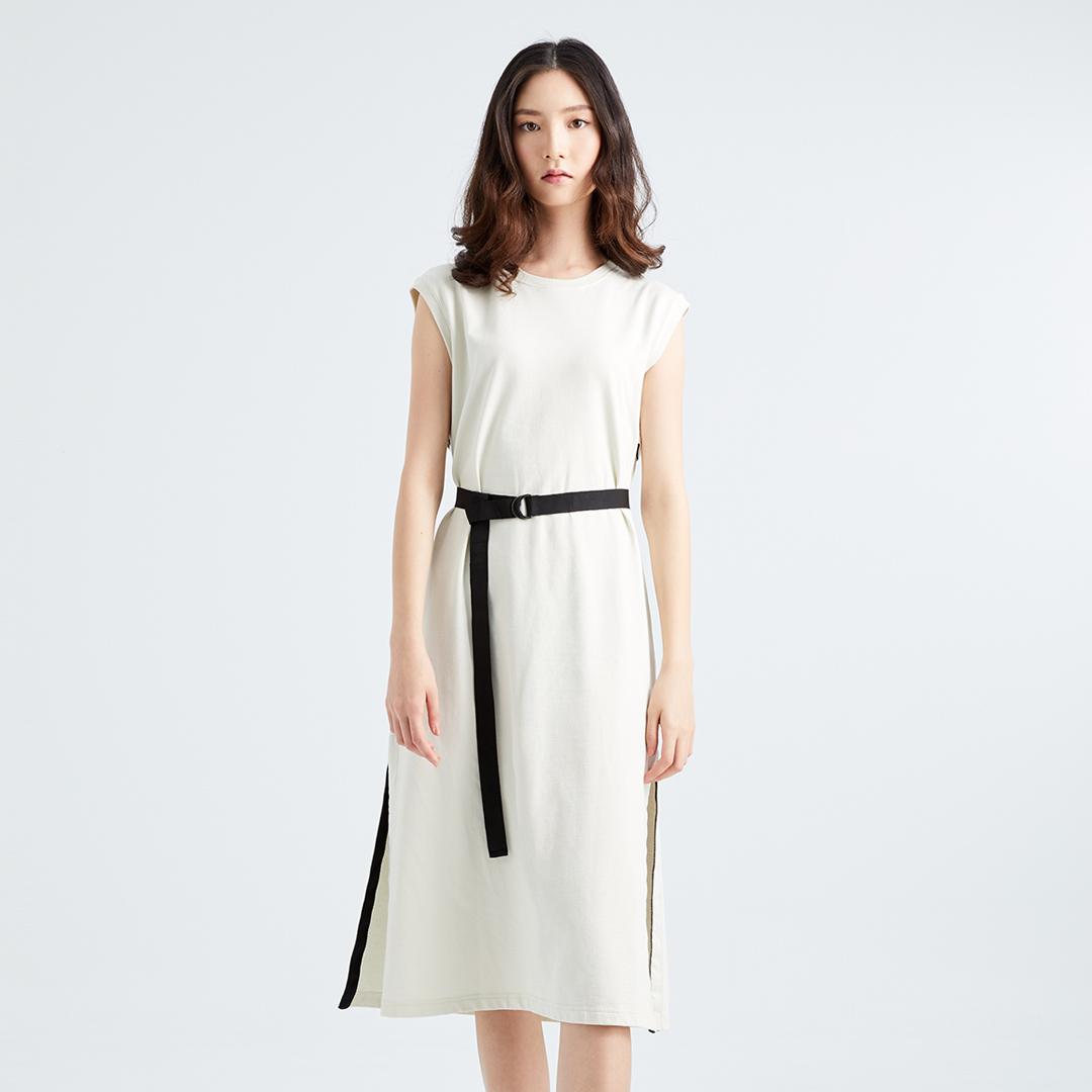 小露背夏日必備款純色無袖長洋裝(米白色)-女