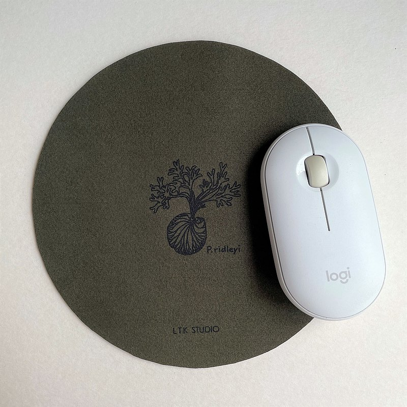 素皮革植物雷雕滑鼠墊 -針葉綠 -漫步森林色系 -居家辦公療癒小物