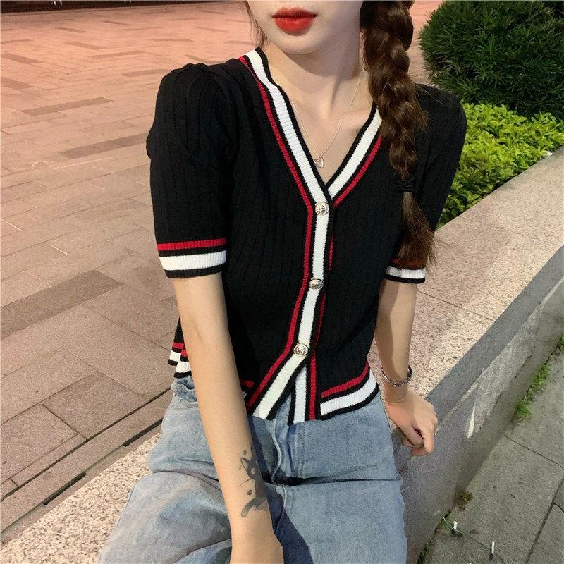 學院風减齡短袖針織衫春夏新款女裝時尚彩色拼色條紋V領薄款小開衫