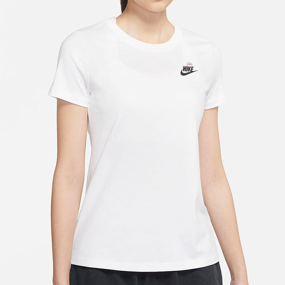 【全館滿額88折】Nike Sportswear 女裝 短袖 休閒 純棉 卡通圖樣 雲朵 晴天 白【運動世界】DJ6296-100
