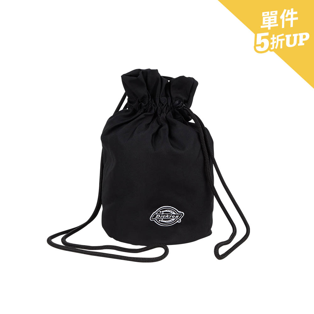 Dickies男女款黑色帆布Logo繡花徽章斜背包 DK008852BLK