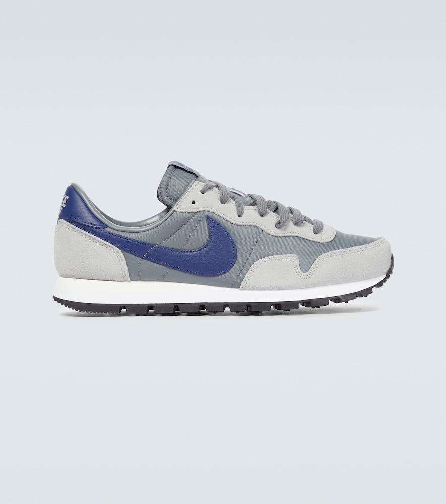 Nike Air Pegasus '83 sneakers