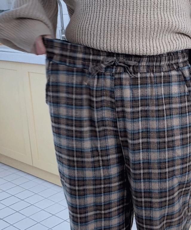 韓國空運 - Big Size 26-32 Inch Checks Semi-Wide Banding Pants 長褲