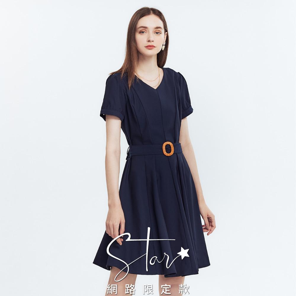 STAR質感小V領裝飾綁帶洋裝
