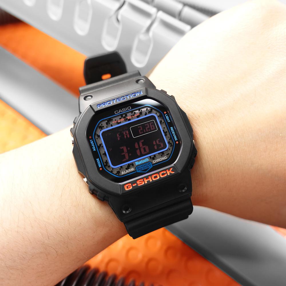 G-SHOCK CASIO / GW-B5600CT-1 / 門市販售中 訂購詳情歡迎私訊LINE / 卡西歐 太陽能 藍牙連線 電波接收 城市迷彩 防水200米 電子液晶 橡膠手錶 黑色 44mm