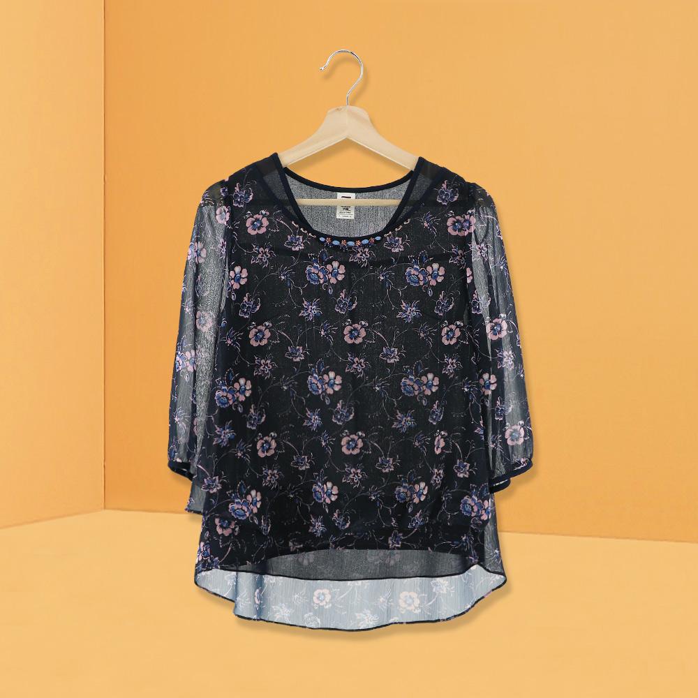ILEY伊蕾 花朵印花層次雪紡上衣(藍)978104
