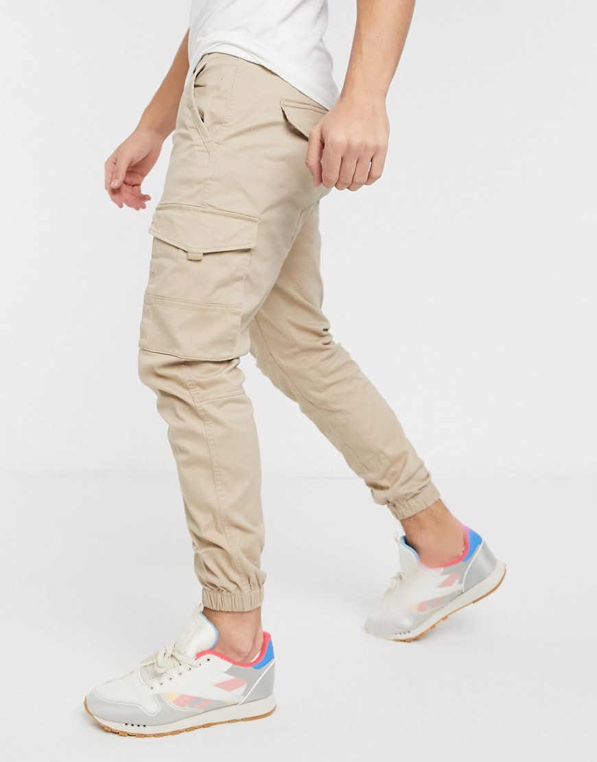 Jack & Jones Intelligence slim fit cuffed cargo trousers in light sand-Brown