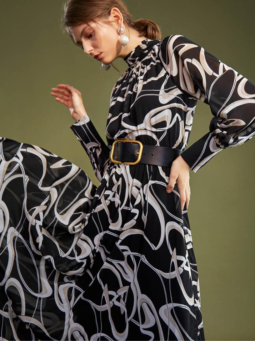 MOMA(02D028)幾何拉克蘭長袖洋裝-剩餘34號