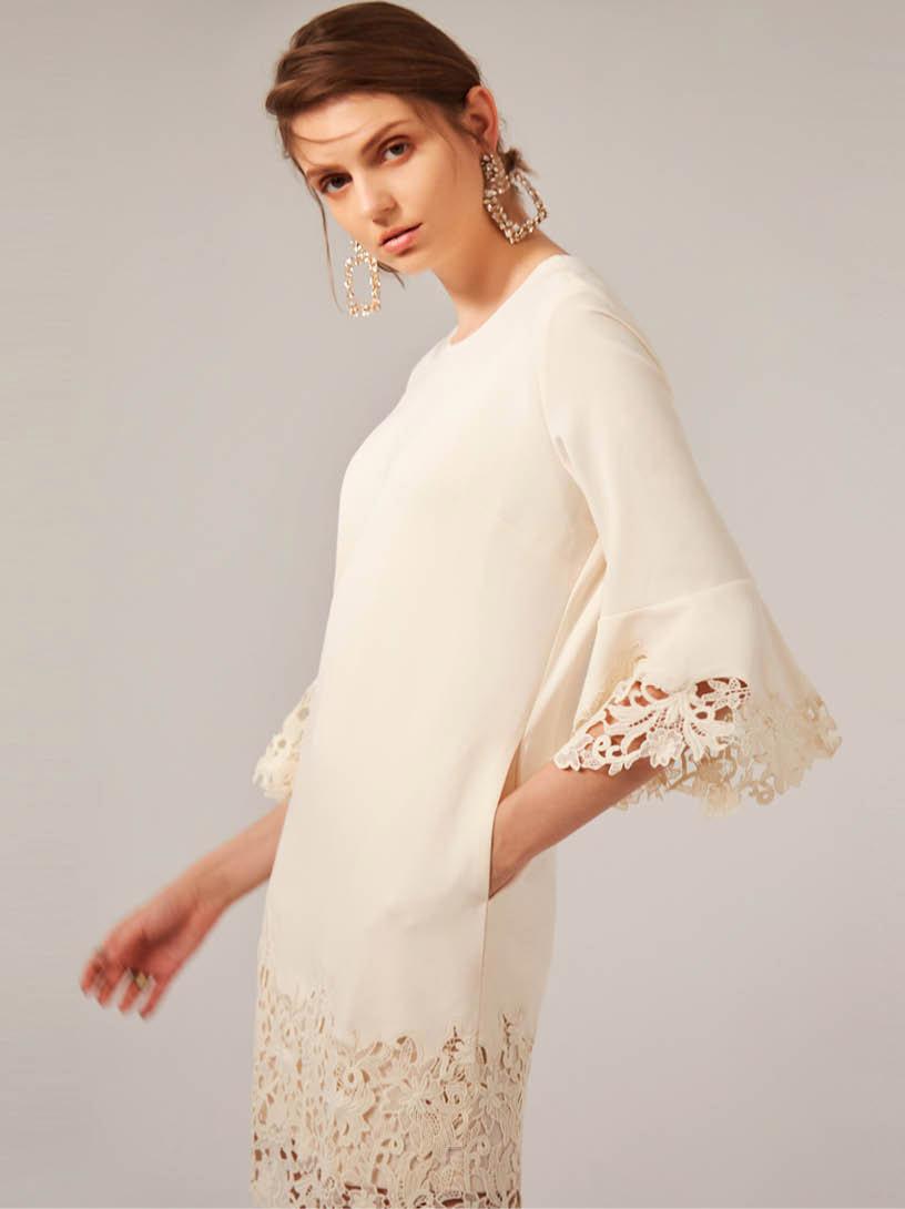 MOMA(02D007)蕾絲袖裝飾洋裝