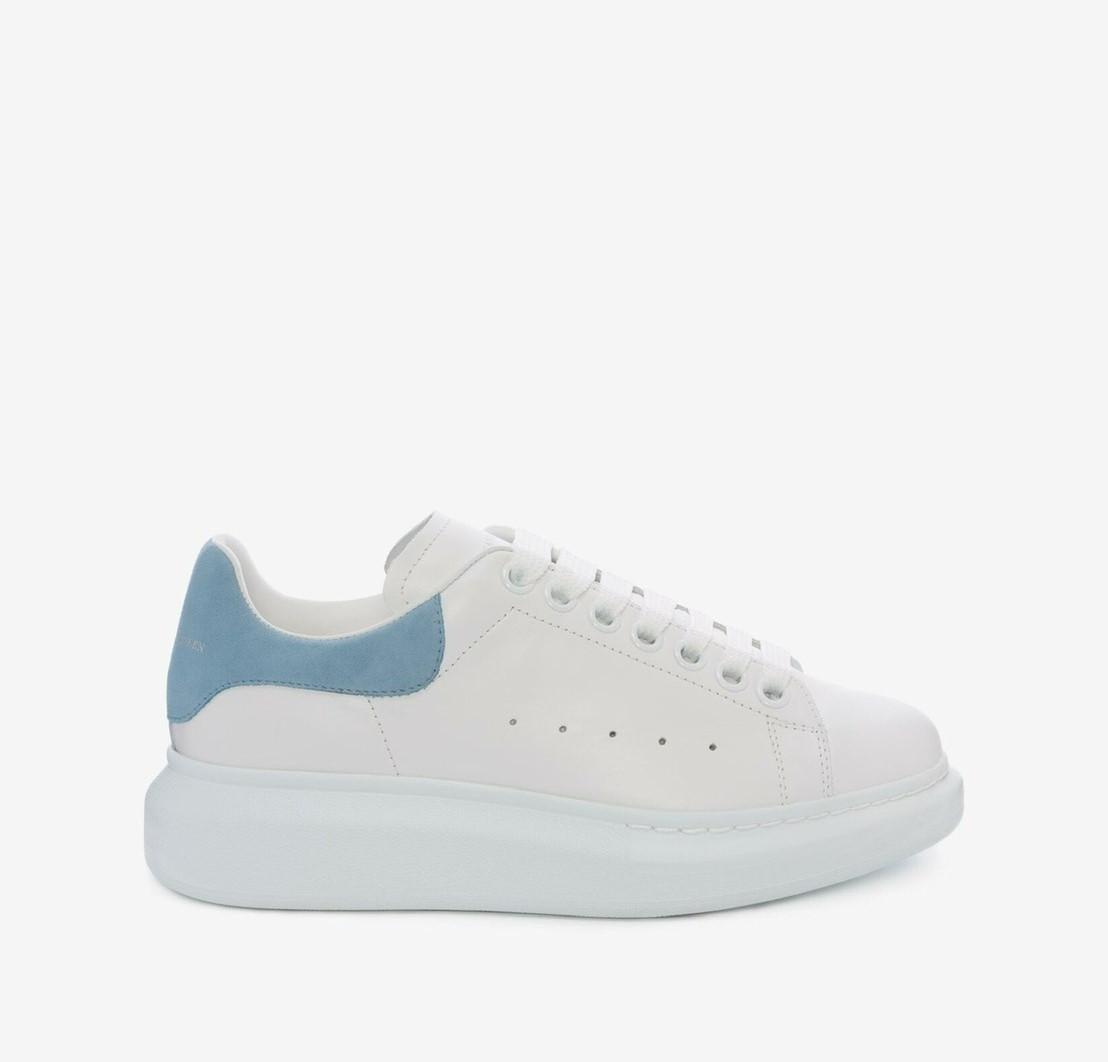 Alexander McQueen經典水藍尾小白鞋