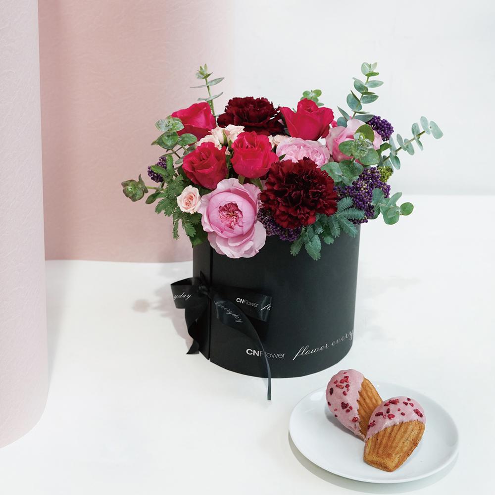 【法朋聯名限定款】Sweet Summer 甜點花禮 (黑色雙層禮盒)