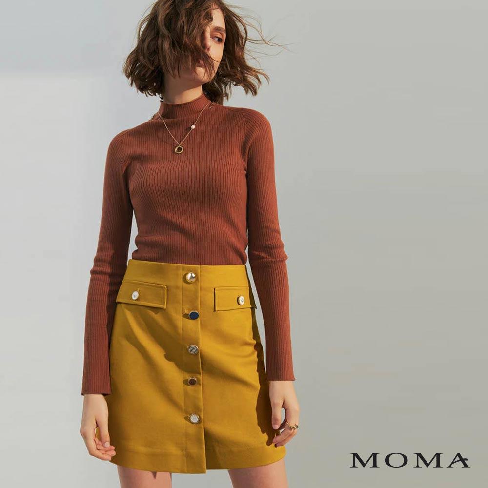 MOMA(02S061)造型釦口袋A字裙