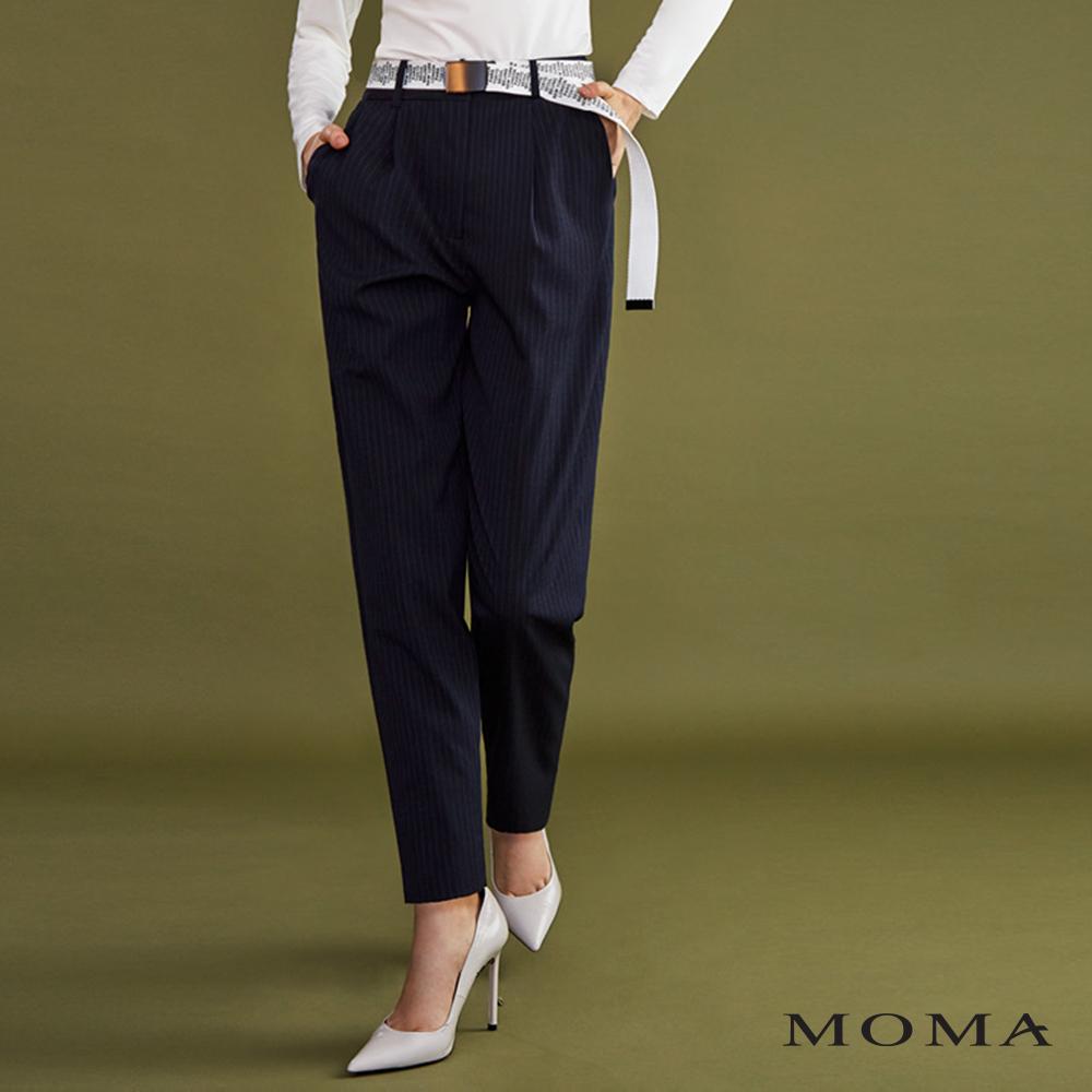 MOMA(02P069)條紋打褶休閒褲
