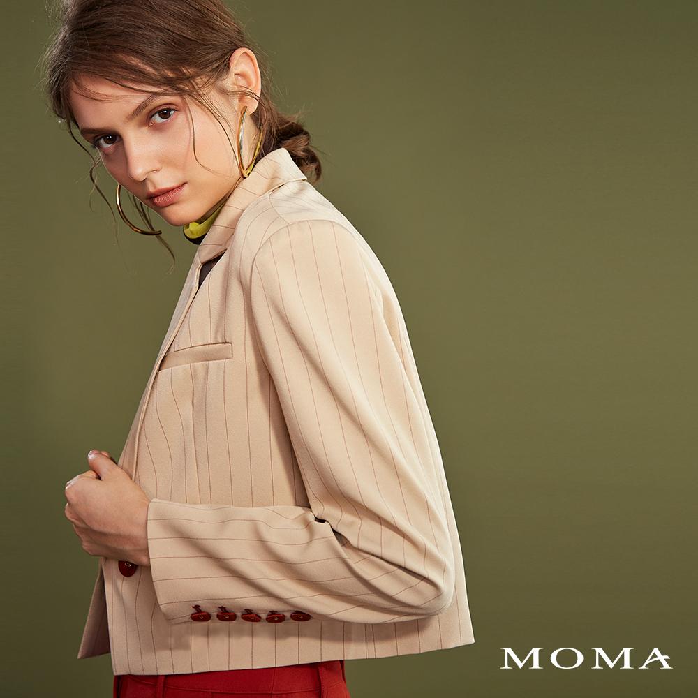 MOMA(02J044)細條紋短版西裝外套