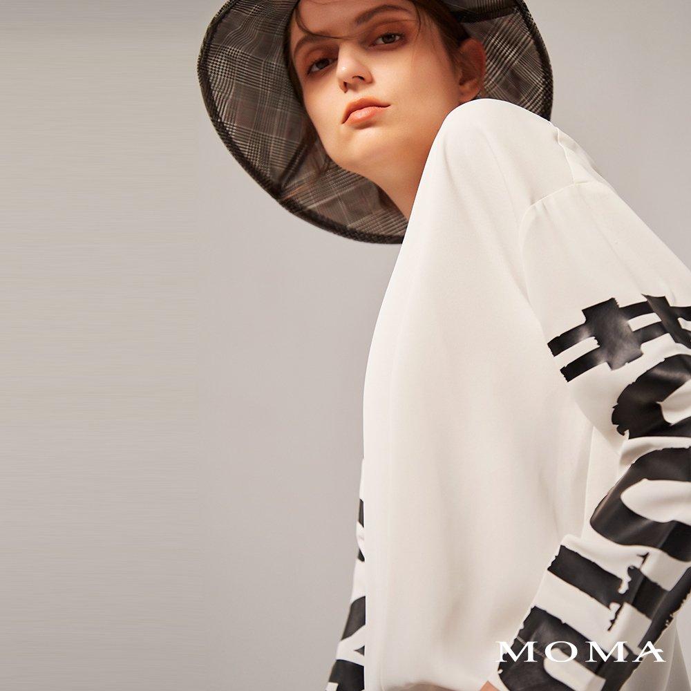 MOMA(02G053)個性印花雪紡上衣(2色)