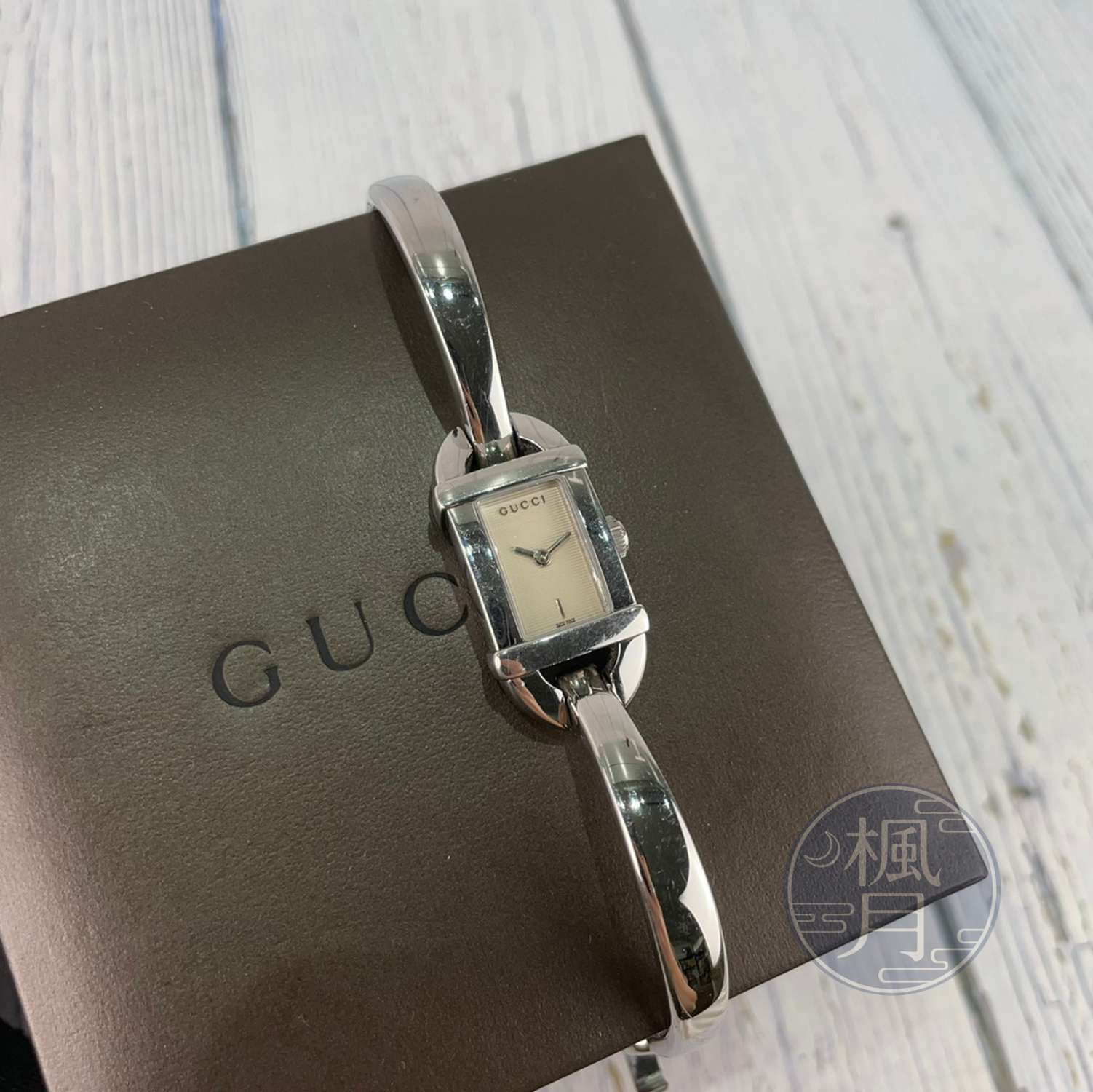 BRAND楓月 GUCCI 古馳 6800L 白條紋女錶 手錶 腕錶 時計 石英錶 簡約設計 方錶盤 瑞士製造