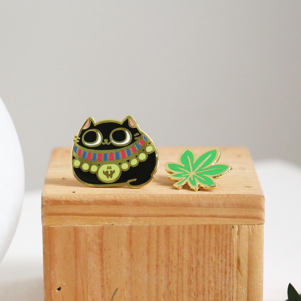 花貓大旅社_貓貓與貓草金屬徽章